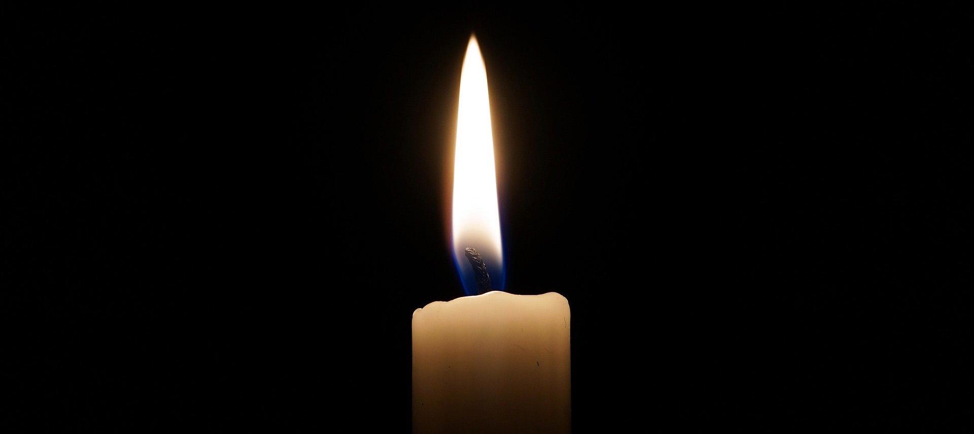 candle-2038736_1920_1